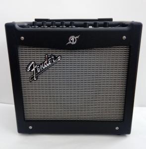 Amplificator chitara electrica digital Fender Must...