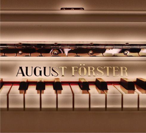 http://pianissimo.ro/slider/72_ro_banner-august-forster-kicsi.jpg